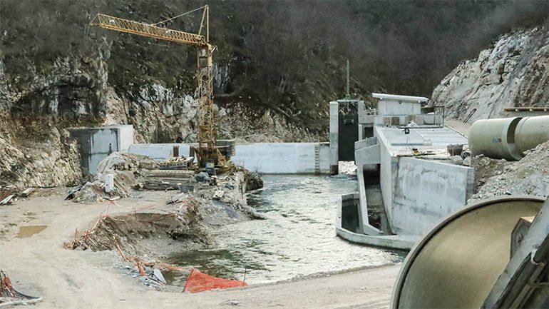 Hidroelektrna na Sani