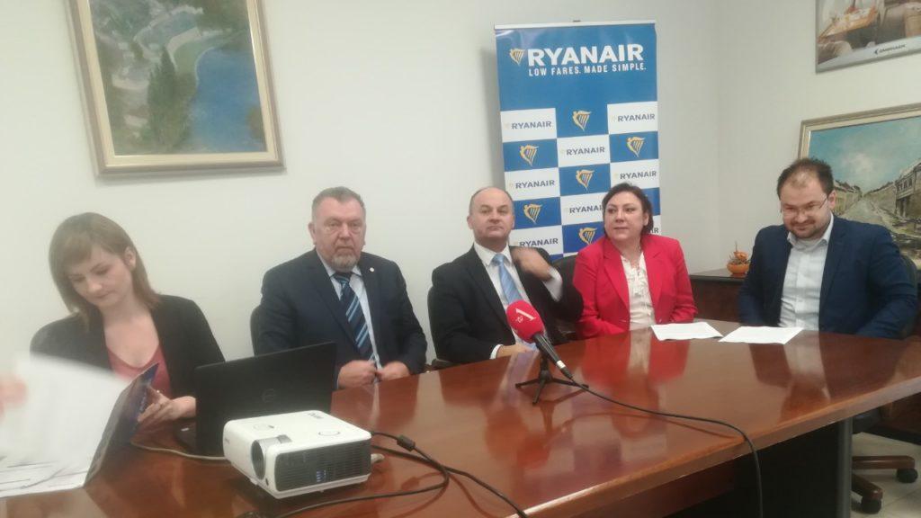 Dušan Kovačević, Neđo Trninić, Rayanair