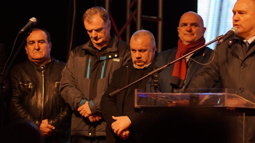 Vojin Pavlović (u sredini) na kontramitingu 26.12.2019. / FOTO: GERILA