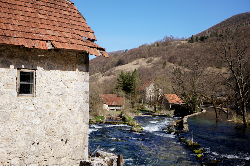 Selo Pljeva i rijeka Pliva / foto: Gerila