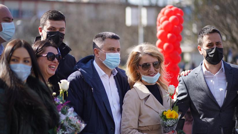 SNSD druženje sa simpatizerkama na Trgu Krajine / FOTO: GERILA