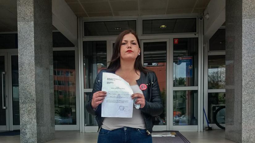 Sofija Grmuša ispred Okružnog javnog tužilaštva